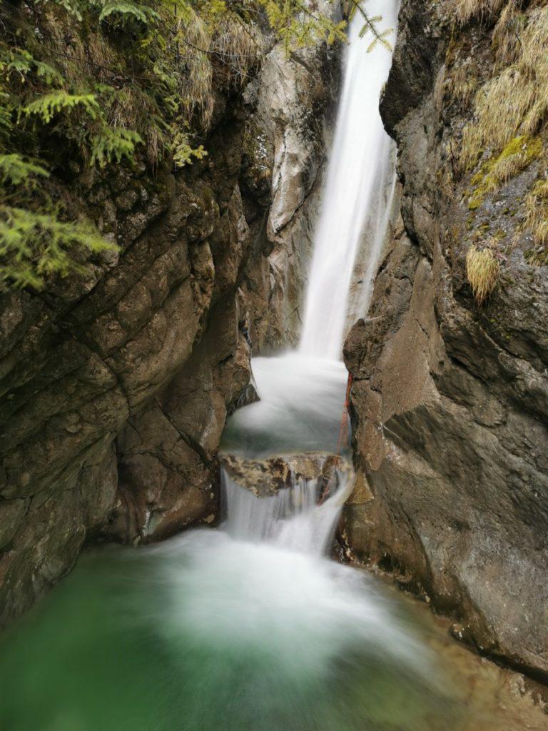Eindrucksvoll: Die Tatzlwurm Wasserfälle Bayern, bei Oberaudorf