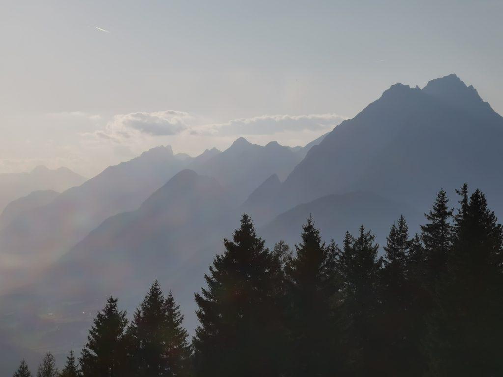 Wanderkarte kostenlos auswählen - und die Berge in den Alpen genießen
