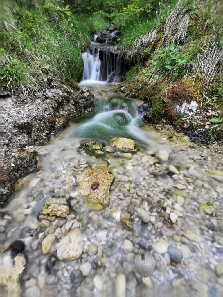 Kleiner Wasserfall auf dem Rückweg nach Seefeld