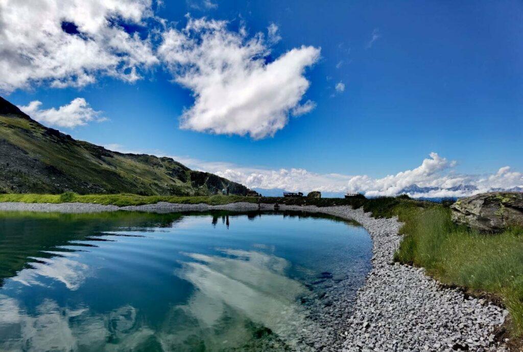 Sommer am Zirbensee in den Tuxer Alpen