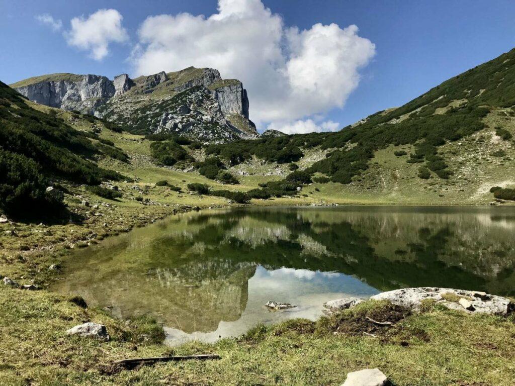 See in Österreich auf 1799 Metern Höhe: Der Zireiner See in Tirol