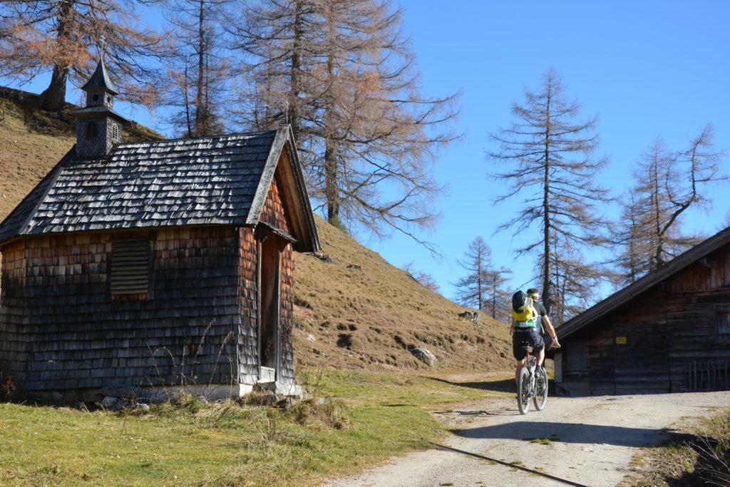 Toll zum mountainbiken im Karwendel: Auf die Neue Magdeburger Hütte